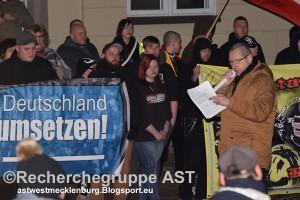 Deutschland wehrt sich - Demo - 21_03_16 - Schwerin - Kandidat Oberbürgemeister Uwe Wilfert